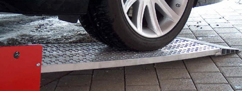 Buy car ramps in Ireland with our lightweight yet highly durable standard car ramps