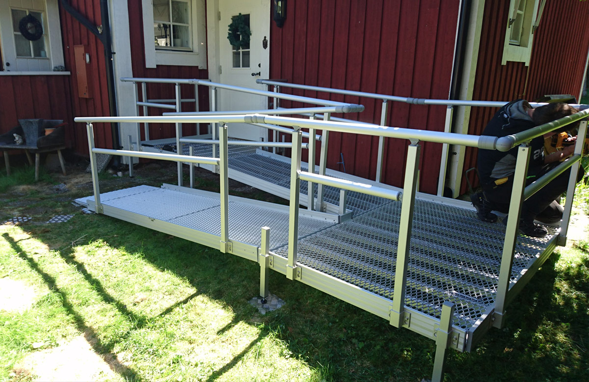 900mm Usable Width Ramp System
