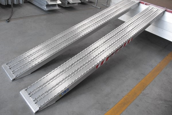 TRP105F Series - Milled Surface Ramps for Steel Track - 520mm wide
