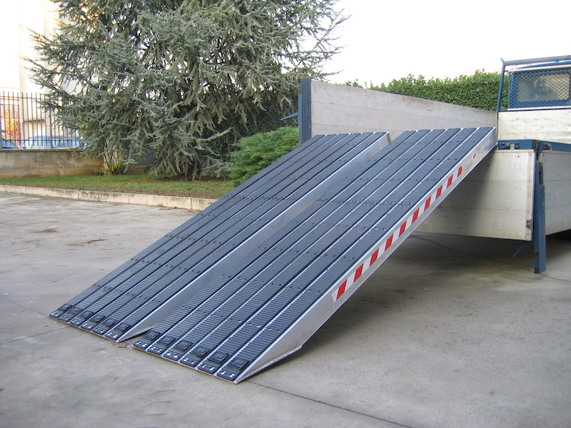Ramps for Steel Tracks Rubber Coated