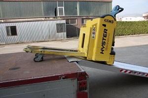 pallet truck ramp
